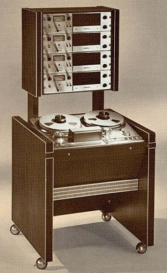 AMPEX MR-70 Tape Machine