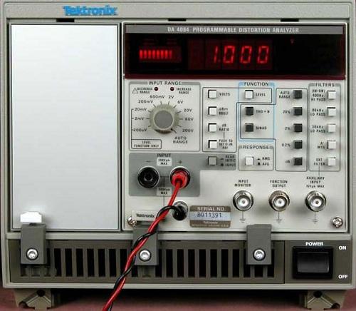 Tektronix DA 4084 Programmable Distortion Analyzer
