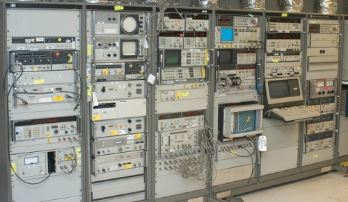 Electronic Test Equipment Racks : Test and measurement equipment