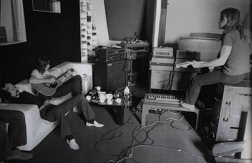 Pink floyd 1972 Strawberry Studios, Chateau Dherouville